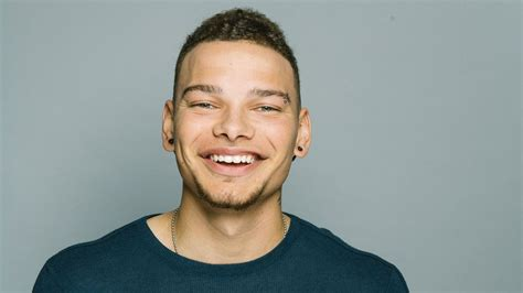 it turns me on kane brown adorable kane brown adds a new member to his family