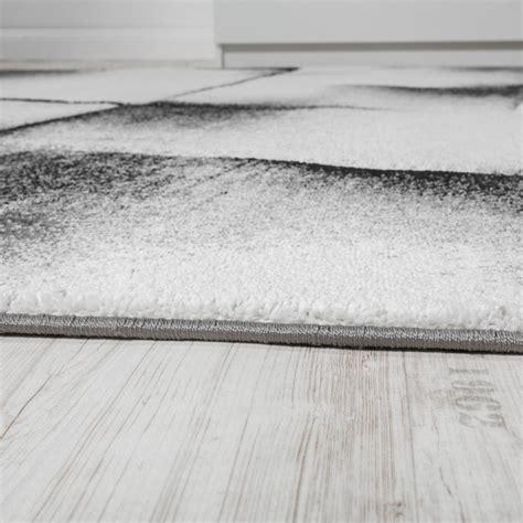 teppich weiß kurzflor schlafzimmer eiche teilmassiv