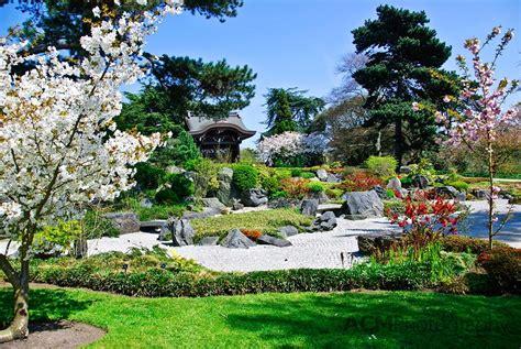 Q Botanical Garden Visiting Kew Gardens Cheeseweb