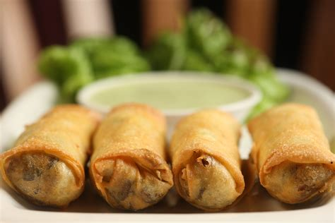 Eggroll Kitchen by Fragrant Egg Rolls From Spice Market The Nyc