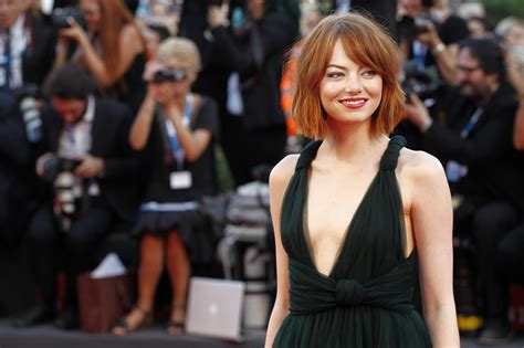 emma stone romance movies 10 movies that made us love emma stone even more