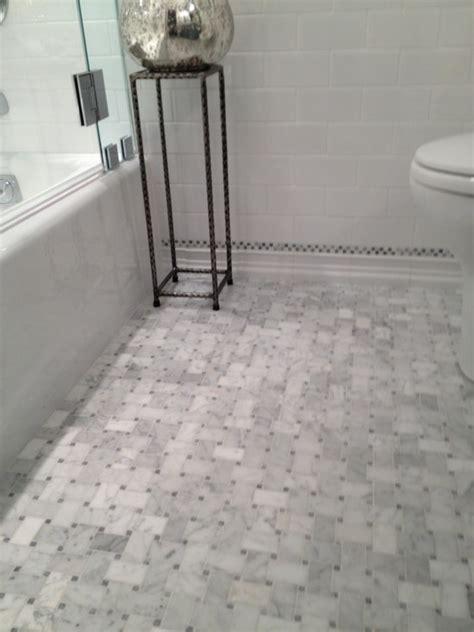 marble baseboard bathroom