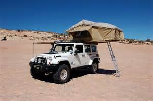 Jeep With Tent Jeep Wrangler With Tent Set Up Gadgets