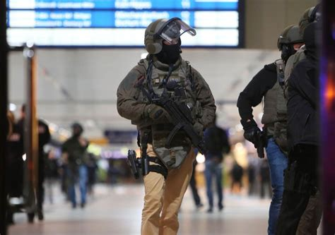 axe attack in germany suspect arrested in ax attack at duesseldorf germany