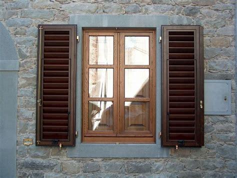 persiane bianche persiane in legno bianche design casa creativa e mobili