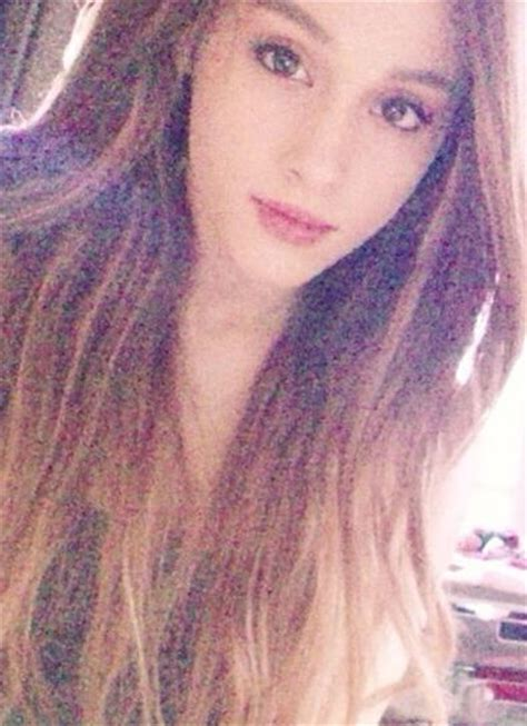 how did ariana grande hair fall off 10 deleted photos that stars didn t want you to see j 14