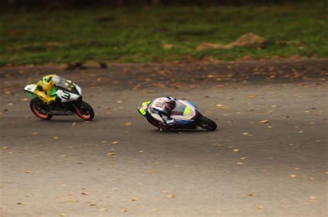 rc motocross bike 1 4 or 1 5 rc dirt bike race bike r c tech forums