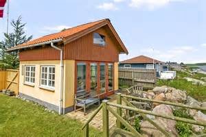Cottages In Denmark by Tiny Beachfront Cottage In Denmark Small House Bliss