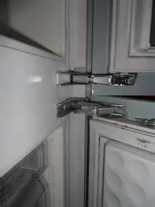 hinges on fridge freezers