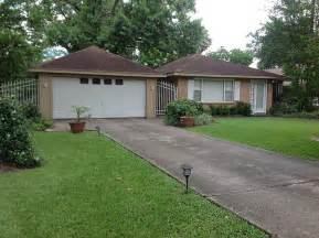 homes for rent houston tx home for rent 11910 queensbury ln houston tx 77024