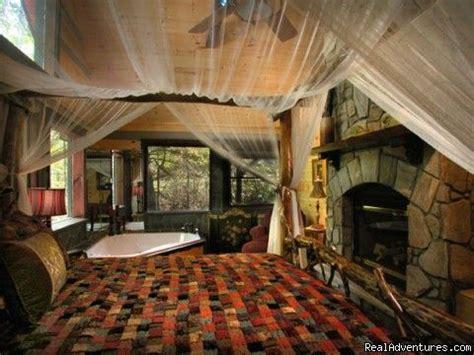 romantic bedroom  fireplace  jacuzzi slippery rock