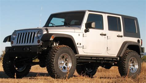 Lift Vs Suspension Lift Jeep Wrangler 9 Lift Kits Reviewed Get Maximum Clearance For Cheap