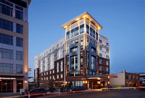 book courtyard akron downtown akron hotel deals