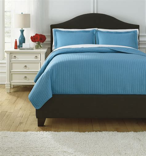 Raleda Turquoise Queen Comforter Set From Ashley Q495003q