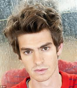british hair cut images andrew garfield gives spider man speech at comic con 2011