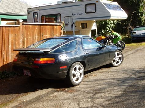 future porsche 928 curbside porsche 928 the future of porsche