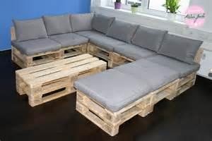 holzpaletten sofa warum sind palettenm 246 bel so beliebt