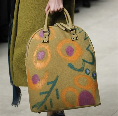Burberry 2008 Handbags Runway Review by Burberry Fall 2014 Runway Bags 23 For Best Designer