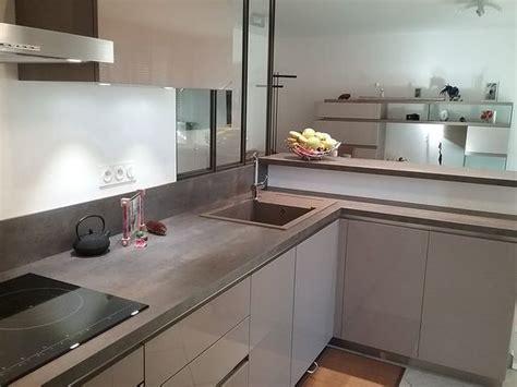 Renover Plan De Travail Cuisine 2047 by Cuisine Ouverte Vitrage Atelier Bar Cuisine Schmit