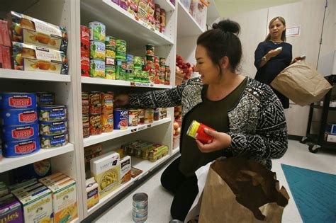 Food Pantry San Diego by Southwestern Opens Food Pantry For Hungry Students The San Diego Union Tribune