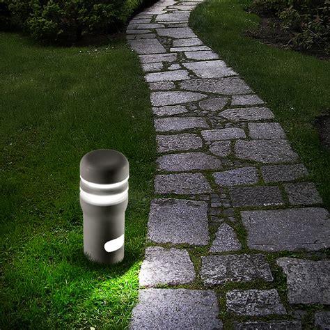 paletti illuminazione esterna paletto luminoso da esterni in cemento walking 2 bernardi