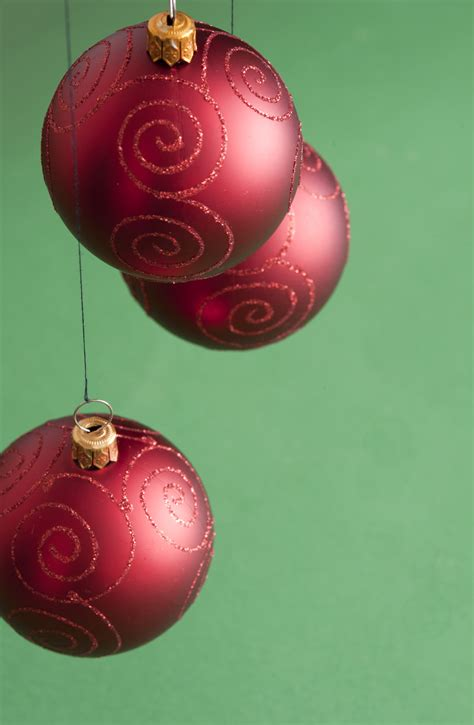 photo   christmas balls hanging  christmas images