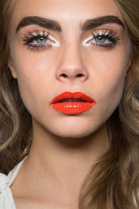 Lipstick To Open Up Fashion Week by Moschino At Milan Fashion Week 2013 Livingly