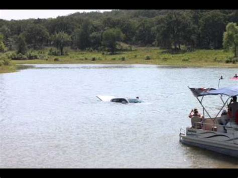 boat launch gone wrong boat launch gone bad youtube