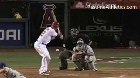 the perfect baseball swing in slow motion josh hamilton slow motion home run baseball swing hitting