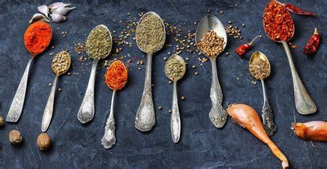 elenco spezie da cucina spezie da avere in cucina propriet 224 ed usi in cucina e