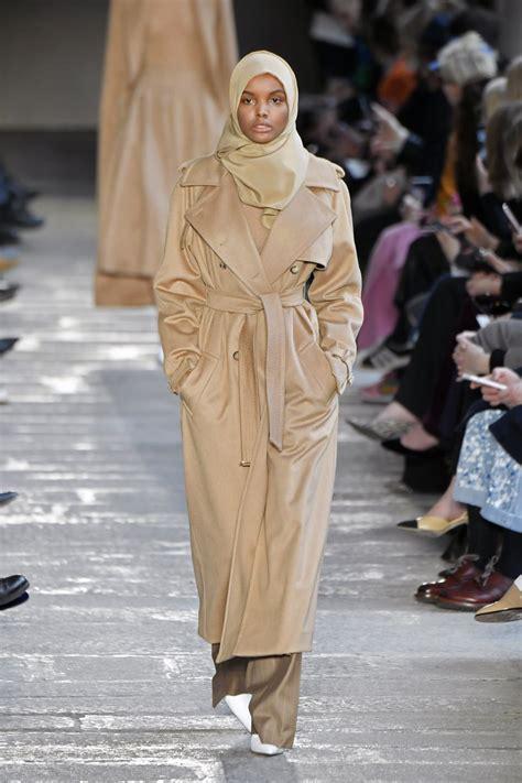 Abaya Kombinasi Maxmara halima aden milan fashion week max mara alberta ferretti motto