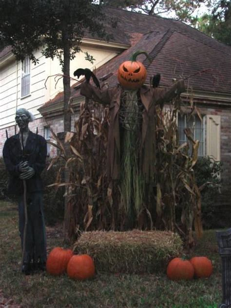 scary front yard decorations 168 best images about scarecrow ideas on