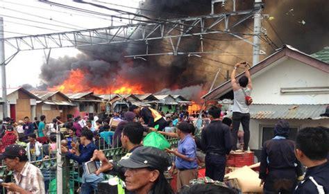 2 Di Jakarta foto foto kebakaran hebat di belakang mangga dua jakarta pojoksatu id
