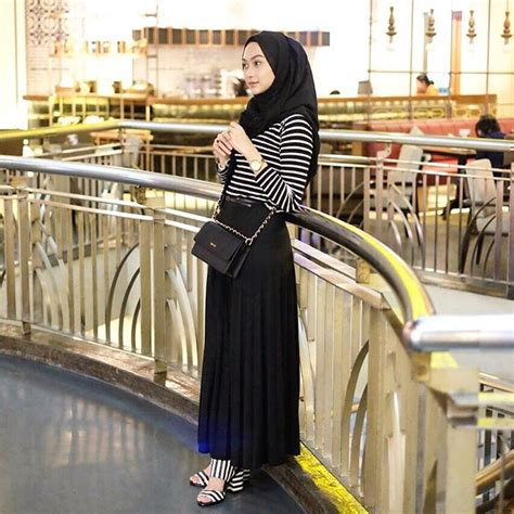 Baju Casual Untuk Jalan 14 model baju santai casual remaja muslimah terbaru
