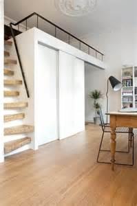 escalier pour lit mezzanine les 25 meilleures id 233 es concernant mezzanine sur
