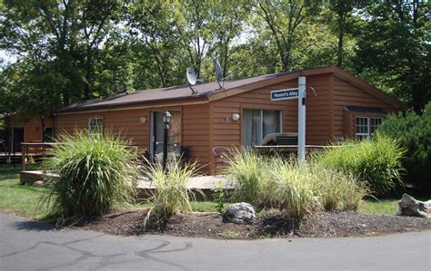 Put In Bay Cabins by Put In Bay Ohio Cabins Cottages Condos Put In Bay Visitors Guide
