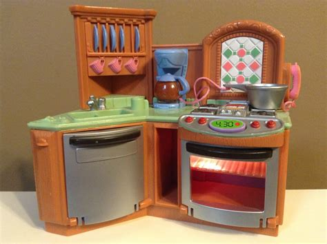 Loving Family Kitchen Furniture Check Out Our Other Listings We Lots Of Other Toys Books