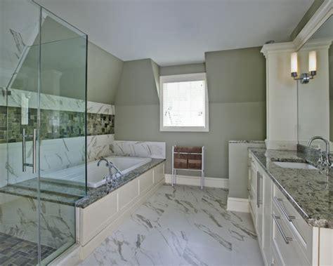 beautiful bathroom    height   tub deckshower seat