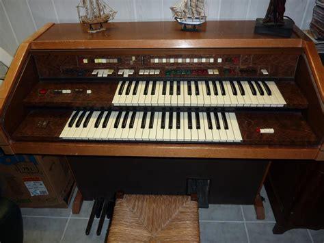 troc echange orgue synth 233 tiseur farfisa sur troc