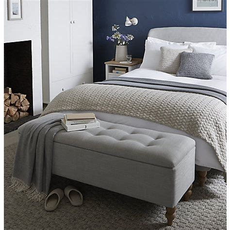 ottoman in front of bed 17 best ideas about bedroom ottoman on blanket