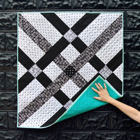 black quilted pattern fishing net quilt pattern download suzy quilts
