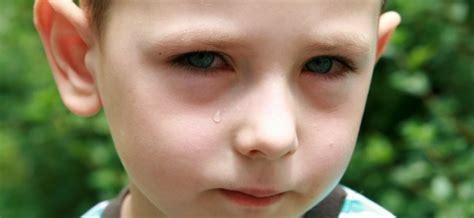 imagenes de bebes lindos llorando conjuntivitis en los ojos de ni 241 os y beb 233 s