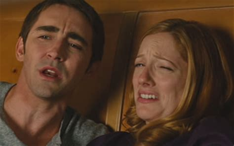 judy greer marmaduke lee pace and judy greer in marmaduke 2010