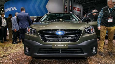 New York Auto Show 2020 Subaru by 2020 Subaru Outback Debuts With More Power Familiar Look