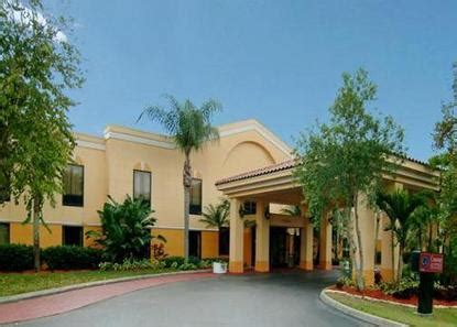 comfort inn fort myers airport comfort suites airport fort myers deals see hotel