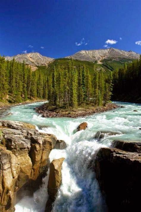 sunwapta falls sunwapta falls in jasper national park alberta canada