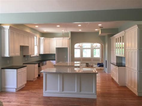 Forevermark Kitchen Cabinets by Forevermark Cabinets Uptown White Cabinets Matttroy