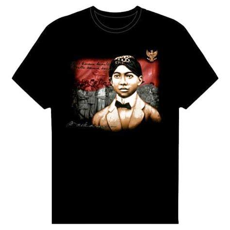 T Shirt Pria Ir Soekarno kaos gambar masa kecil soekarno pusaka dunia