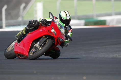platpelindung spakbor n max fast bikes ducati 1198s 2008 2011 review mcn
