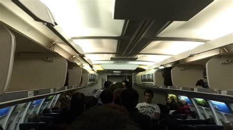 vivaaerobus no dejan bajar a pasajeros avi 211 n